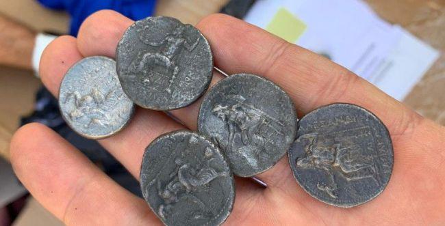 סוכלה הברחה של מטבעות מתקופת אלכסנדר מוקדון