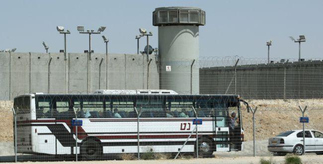 כלא קציעות: סוכל ניסיון הברחת טלפונים למחבלים