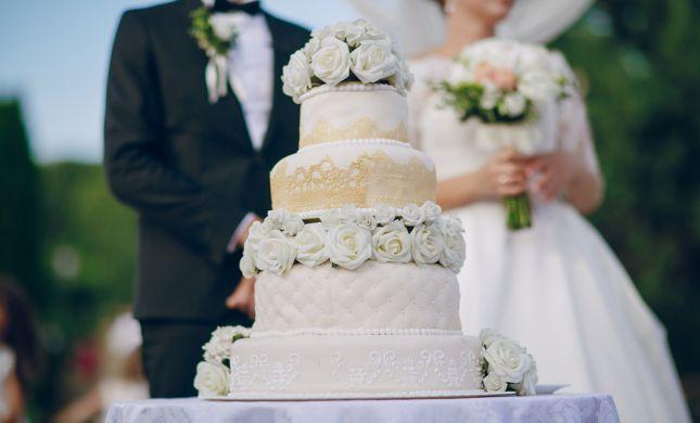 בריטניה: 58 אורחים בחתונה אושפזו בעקבות הרעלת מזון