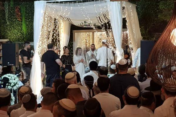 מזל טוב: החתונה עברה משדרות לירושלים. צפו