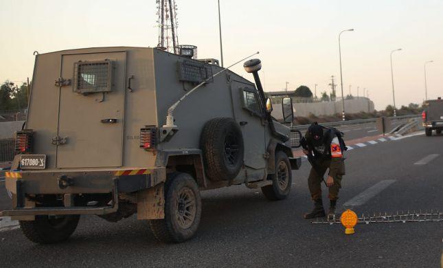 תיעוד: בקבוק תבערה מתלקח על ג'יפ בגבול עזה