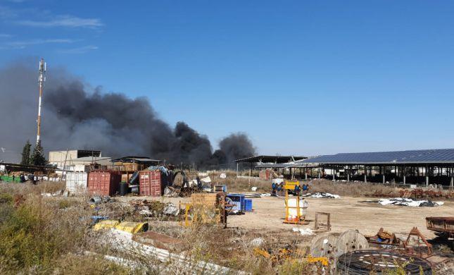 שריפות בכל הארץ: בברקן נפגעו 4 משאיפת עשן