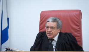 חדשות, חדשות בארץ, מבזקים מזוז: שר משפטים לעומתי הוא מצב מציק ומטריד