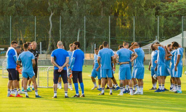צפו בביזיון: נבחרת ישראל מפסידה למקדוניה הצפונית