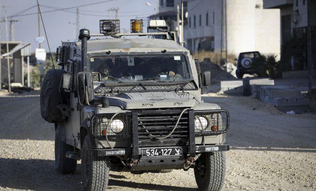 מחבל ערבי שיידה בקבוק תבערה נורה ונהרג