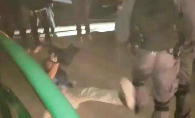 """תיעוד: שוטרי יס""""מ מכים צלם במהומות ביצהר"""