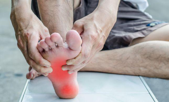 כאבים בכפות הרגליים? מבצע מדרסים בהתאמה אישית
