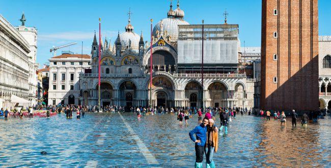 צפו בתיעוד: ונציה הוצפה, מרכז העיר נסגר למבקרים