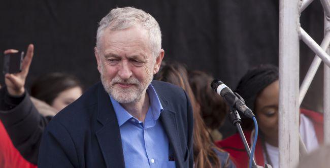 סקר בחירות בבריטניה: קורבין עוקף את ג'ונסון