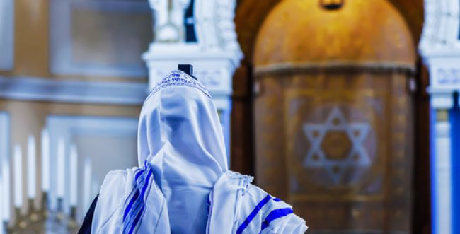 """לא כל רב ד""""ר הוא חכם גדול ביהדות"""