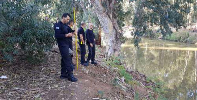 גופת אדם נמצאה בנחל הירקון, נפתחה חקירה