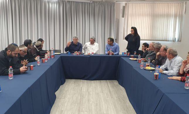 """בכירים במרכז הבית היהודי: """"תומכים במהלכי הרב רפי"""""""