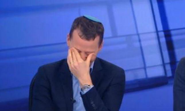 צפו: עמית סגל לא מצליח לעצור את הצחוק בשידור