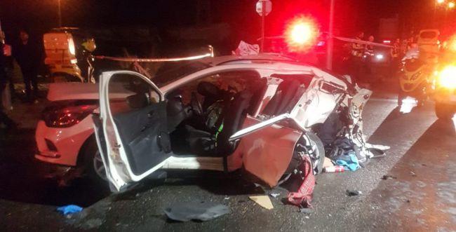 תאונה קטלנית: אם ובתה הפעוטה נהרגו, רכבם נמחץ