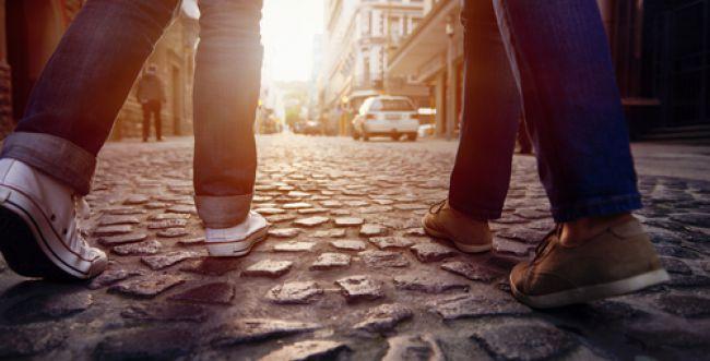 פרשת וישלח: יעקב מול עשיו, ההליכה מול הדילוג