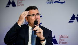 חדשות טלוויזיה, טלוויזיה ורדיו, מבזקים גדעון סער נגד שידור הסדרה של עמית סגל