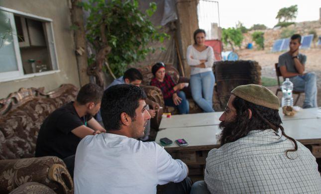 'סליחה על השאלה' עם פלסטינים באפרת
