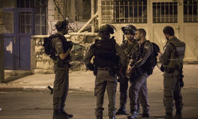 171 פלסטינים נעצרו בשטח ישראל, אקדח נתפס בדהריה