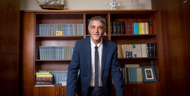 לשכת עורכי הדין מצטרפת לעתירתם של יועצי נתניהו