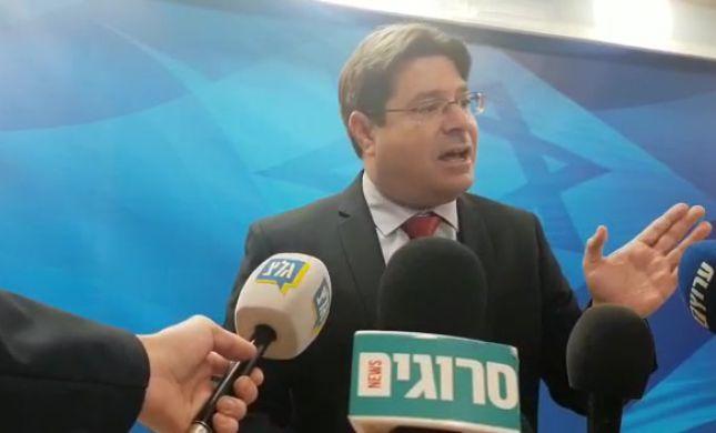 """אקוניס על בית הדין בהאג: """"השופטת אנטישמית"""""""