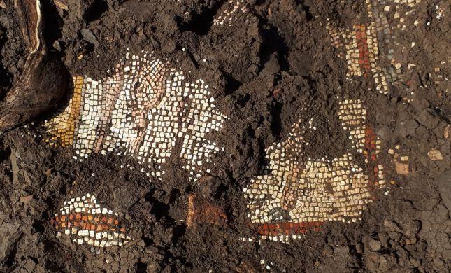 פסיפס נדיר נחשף בבית כנסת מהתקופה הרומית
