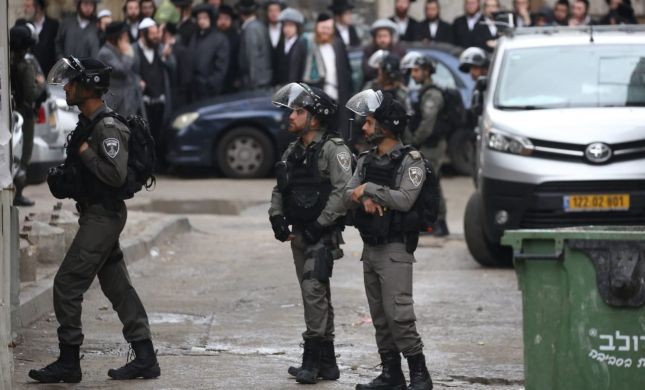 משטרת ישראל פשטה על בתי 6 מקורבים לרב ברלנד