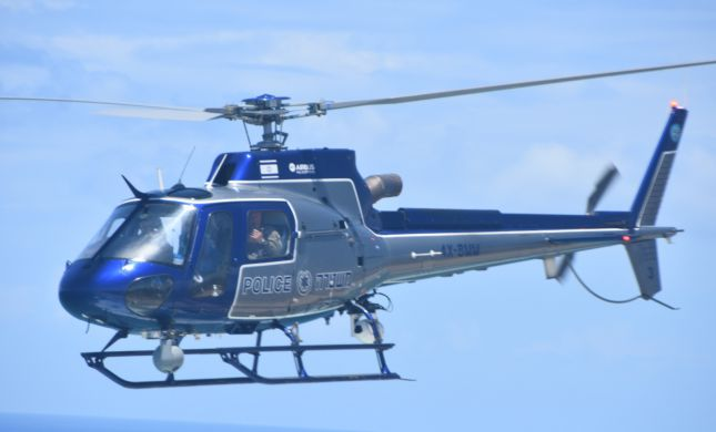 צפו: כך חילץ טייס מסוק משטרתי נהג שהיה במצוקה