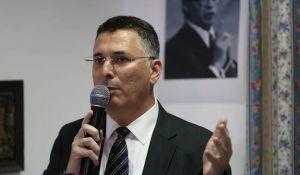 חדשות, חדשות פוליטי מדיני, מבזקים סקר: החרדים יורדים; בלי בנט - 61 מנדטים נגד נתניהו