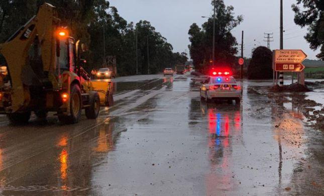 מצפון עד דרום:בשל הצפות: עשרות כבישים נחסמו