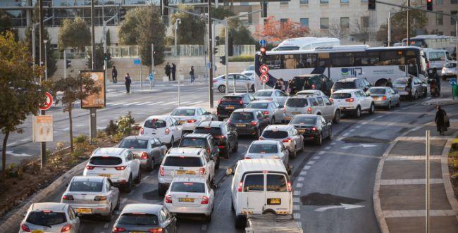 עיר במצור: מיום רביעי- עומסים כבדים בירושלים