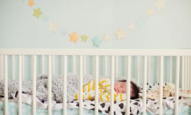 בוקר טראגי: שני תינוקות לא התעוררו משנתם