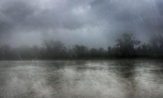 """קור עז, גשם ושלג מחוץ לחרמון: תחזית מזג האוויר לסופ""""ש"""