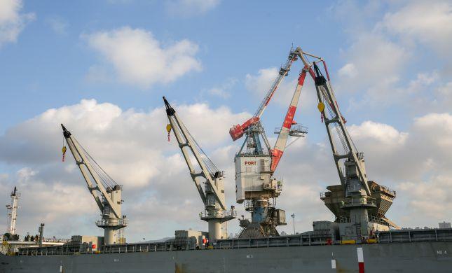 הממשלה אישרה: נמל חיפה יוצא להפרטה