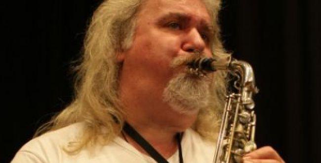 אבדה לעולם המוזיקה: נגן הג'אז המצליח הלך לעולמו