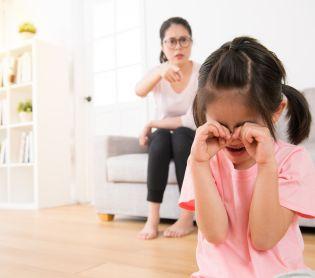 הורות ולידה, סרוגות לתת עונשים לילדים – מה הבעיה עם זה?