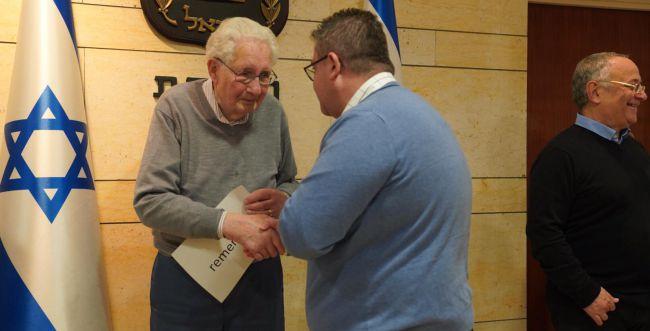 החלום של ניצול השואה בן ה-93: לבקר בכנסת