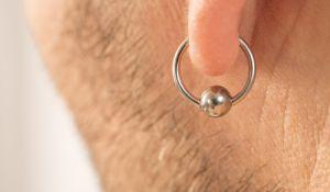 יהדות, פרשת שבוע פרשת משפטים: למה דווקא אוזן ומזוזה?