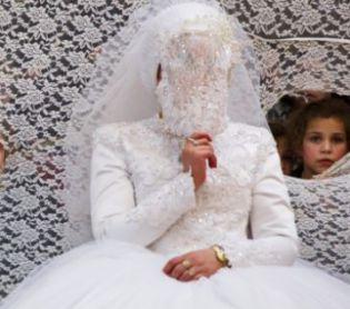 חדשות חרדים, מבזקים החתן והכלה נרדמו; הרבנים התירו להם לנסוע בשבת