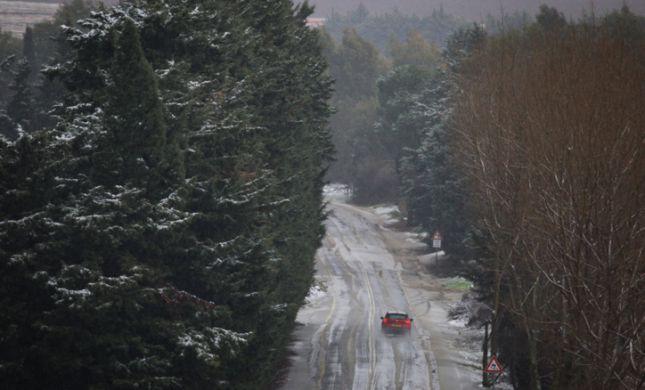 שלג בהרי המרכז ובירושלים; הקור ימשך: תחזית מזג אוויר