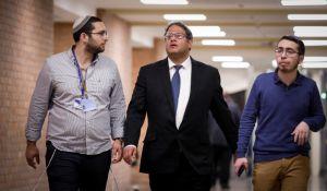 חדשות המגזר, חדשות קורה עכשיו במגזר, מבזקים הִצְבַּעְתָ עוצמה יהודית – וְקִבַּלְתָּ את גנץ ולפיד