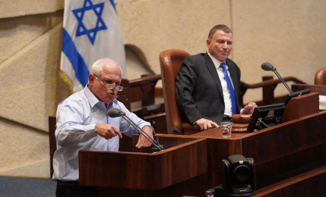 סופית: הכנסת העניקה חסינות לחיים כץ