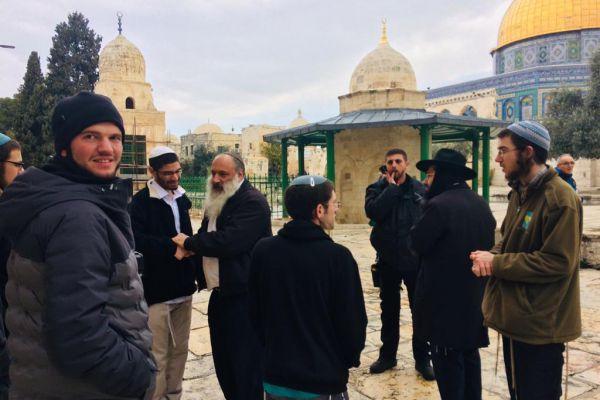לאחר סערת גליק: עשרות יהודים עלו אל הר הבית