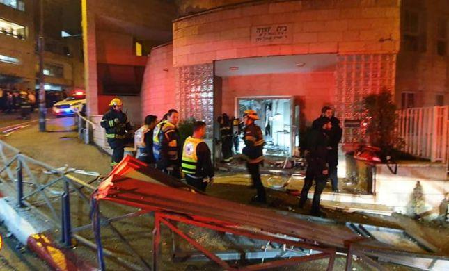 פיצוץ גז החריב בית כנסת בשכונת בית וגן בירושלים