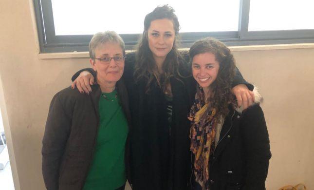 צפו: המפגש המרגש של קרן פלס ולאה גולדין