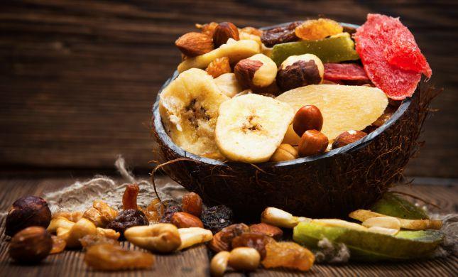 מסוכנים? 10 דברים שלא ידעתם על פירות יבשים