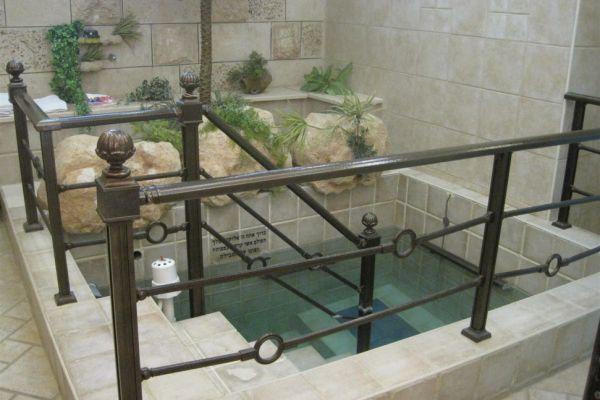 """מכון פוע""""ה נגד הפייק ניוז: טבילת נשים בימי הקורונה"""