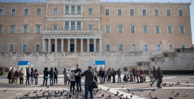 שגרירות ישראל באתונה: נדבק והדביק את משפחתו