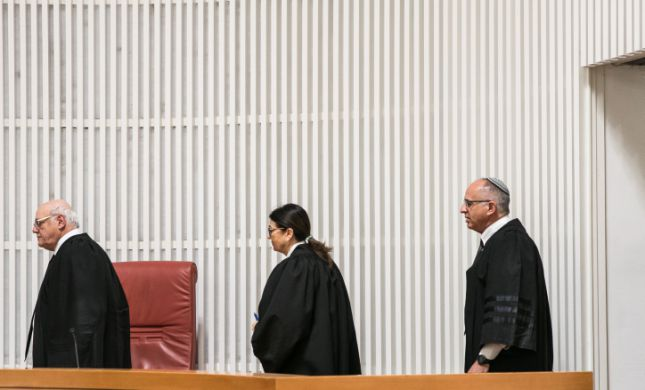 אנחנו במשבר חוקתי חריף: האם יימצא מבוגר אחראי?