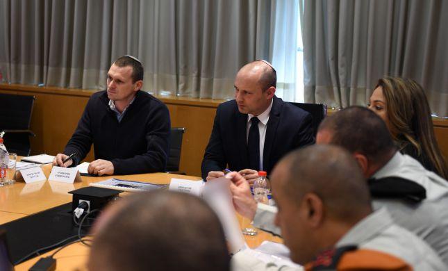 שר הביטחון: לא יוטל סגר על שטחי הרשות הפלסטינית