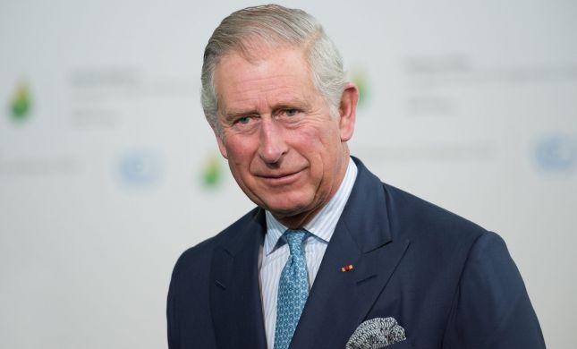 """""""חוויה קשה"""": הנסיך צ'ארלס מספר על הידבקותו בקורונה"""